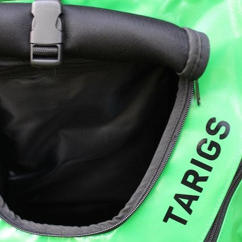 Sac à dos de porteur de chien en vert avec la fenêtre de roll-up